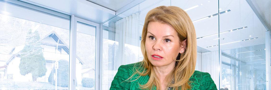 Ioana-Filipescu-Deloitte-slider