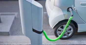 o-ELECTRIC-CAR-facebook
