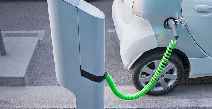 o-ELECTRIC-CAR-facebook