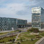 Acțiunile OMV Petrom și TeraPlast intră în indicii FTSE pentru piețe emergente și consolidează ponderea României