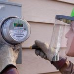 Subvenționarea facturilor energetice necesită instalarea unor contoare inteligente