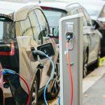 AFM: Estimăm că 12.000 de autovehicule electrice şi hibrid vor primi finanțare în acest an